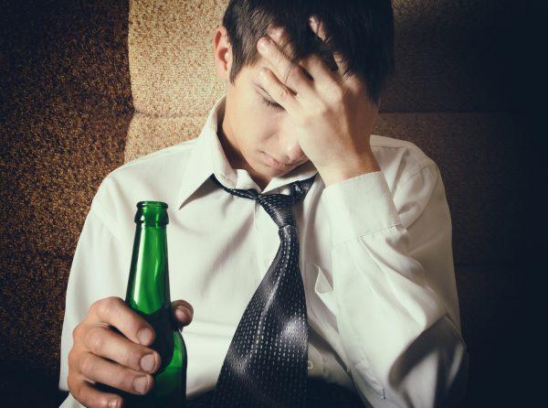 お酒 頭痛