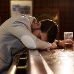 気づいたら病院に!急性アルコール中毒の9つの対処法