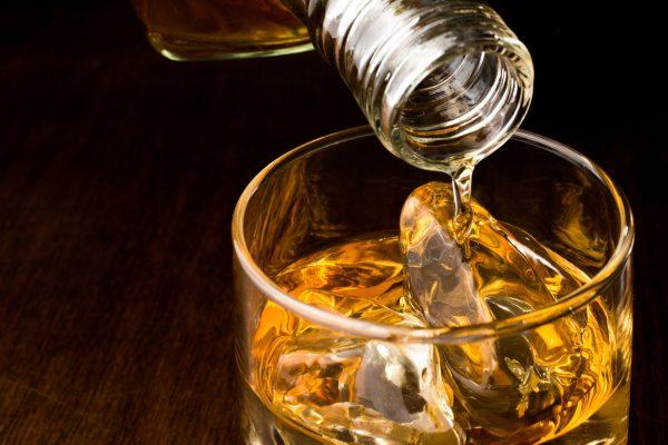 抗生物質 お酒